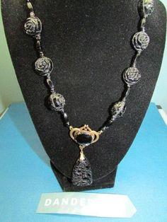 Vintage Black Rose Bead and Flower Bead fashion retro Jewelry  #necklace #retro #vintage #costume #rosebead #flowerbead #jewelry #dandeepop Find me at dandeepop.com