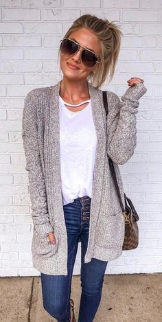 fall outfits 2019 27 Casual Fall Ready Outfit 2019 Summer is almost end, and it is our time to welcome the fall. Fall is always filled with endless outfit ideas. Casual Fall Outfits, Fall Winter Outfits, Casual Winter, Black Outfits, Spring Outfits, Mode Outfits, Fashion Outfits, Fashion Ideas, Estilo Jeans