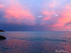 SPLENDID MARKET: Stormy Seas, Eze Bord-de-Mer...France