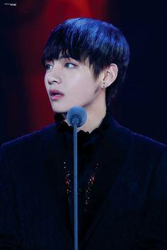 BTS   Taehyung / V