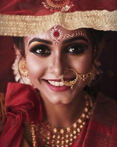 Bengali Bridal Makeup, Bridal Eye Makeup, Bengali Wedding, Bengali Bride, Bridal Makeup Looks, Bride Makeup, Wedding Bride, Bengali Saree, Wedding Photography India