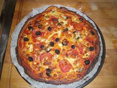 Low Carb Pizzateig aus Mandelmehl