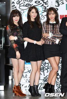 6 nàng SNSD tranh nhau khoe chân nuột, Sunny mặt sưng vù khác lạ - Ảnh 20.