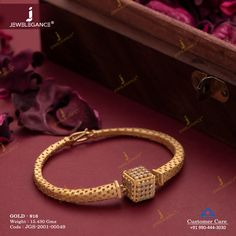 Ethereal collection of bracelets for glory. New Gold Jewellery Designs, Gold Ring Designs, Gold Bangles Design, Gold Rings Jewelry, Bridal Jewelry, Handmade Jewellery, Men's Jewelry, Pearl Jewelry, Pendant Jewelry