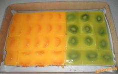 Tvarohový koláčik s ovocím a želatínou vol. Czech Recipes, Mini Cheesecakes, Cookie Designs, No Bake Cookies, Ice Cube Trays, Kiwi, Treats, Baking, Fruit