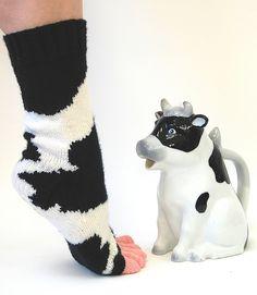 Ravelry: Cowasocky pattern by Leslie Comstock – socken stricken Knitting Socks, Hand Knitting, Knitting Patterns, Knit Socks, Knitting Projects, Crochet Projects, Cow Socks, Yarn Over, Mittens
