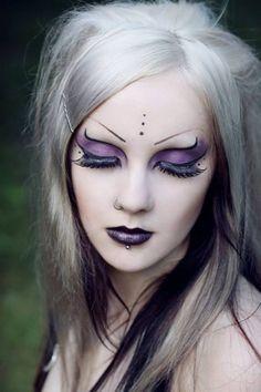 mes yeux : gothique  Maquillage  FORUM Beauté