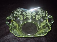 Cambridge Glass Apple Blossom Yellow Keyhole Serving Bowl Dish #Cambridge