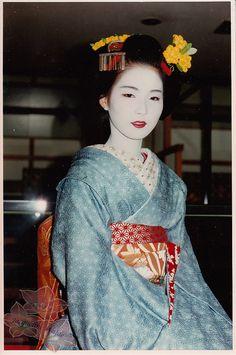 The great Geisha Tsuneyuu as a Maiko in the 90ies. By Kofuji