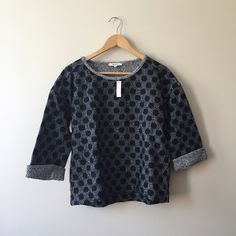 Madewell Reversible Marbles Dot Top Have a super boxy fit. New With Tags. I recieved it has a gift but it doesn't fit properly. Madewell Sweaters