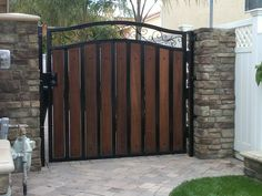 Metal Gate With Wood