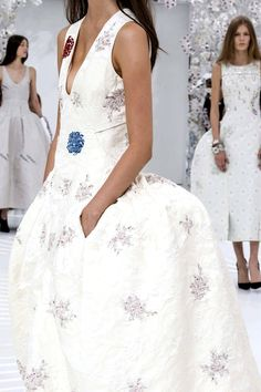 Christian Dior fall 2014, the bustle is back! LOL!