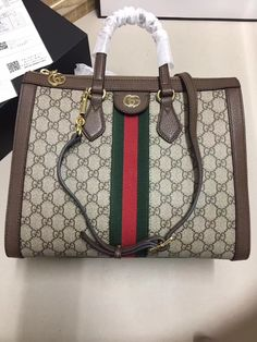 9bf8ed84fd Gucci woman tote bag original leather version Large Handbags