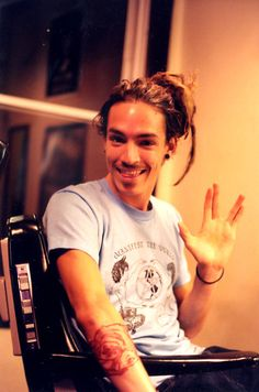 Brandon Boyd<3 I used to love him and incubus!