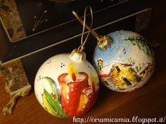 Palle di ceramica dipinte per Natale #Maiolika #Italy http://ceramicamia.blogspot.it/2012/10/palle-di-ceramica-dipinte-per-natale.html