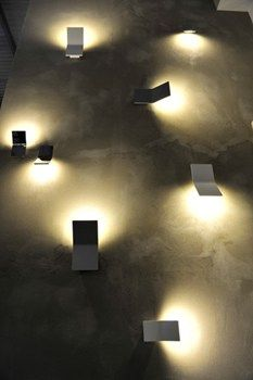 #LED indirect lighting was featured at EuroLuce, as reported by our Progress Lighting designers who attended. Metal Spot a Euroluce 2013