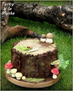 woodland - Cake by Myska Toadstool Cake, Mushroom Cake, Pie Decoration, Birthday Cakes For Men, 20th Birthday, Round Wedding Cakes, Woodland Cake, Sculpted Cakes, Yule Log