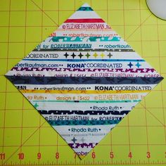 I lovelove love this block by @quilterpatsloan Getting to use my #rhodaruthfabric selvedges. I need to use selvedges more often. #thesplendidsampler
