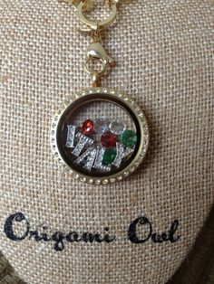 Remember that dream vacation? Tell the story with your Origami Owl Living Locket. www.amymichels.origamiowl.com