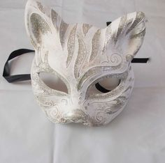 Gatto mask masquerade handmade of plaster and putty cat mask half face mask venetian style masquerade ball mardi gras by mademeathens Half Face Mask, Diy Face Mask, Face Masks, Mardi Gras, Cat Face Drawing, Cool Masks, Cat Mask, Leather Mask, Cool Ideas
