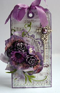 tag vintage style flowers leaves - Dorota Kopec in Stalowa Wola, Podkarpackie… Card Tags, Gift Tags, Shabby Chic Cards, Handmade Tags, Paper Tags, Flower Cards, Paper Flowers, Purple Flowers, Vintage Tags