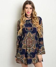 belled sleeve dress - Livin' Freely This Boho Bell Sleeve Dress features fancy paisley print with a stretch empire cut waist. This dress has a zipper back making it a great form fit. We love to pair this piece with a slip and ankle boots! Bohemian Mode, Bohemian Style, Boho Chic, Cape Dress, Dress Skirt, Dress Up, Boho Fashion, Fashion Design, Fashion Trends