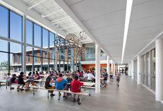 École primaire de l'Espace-Couleurs / Photo: Stéphane Brügger Basketball Court, Street View, Architecture, Schools, Photos, Ideas, Art, Elementary Schools, Outer Space