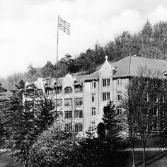 St Joe's part of mission hospital Asheville NC back then. North Carolina History, Asheville North Carolina, Western North Carolina, North Carolina Mountains, North Carolina Homes, Asheville Nc, St Joseph's Hospital, St Joes, Biltmore Estate