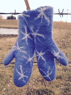 Felted snowflake mittens