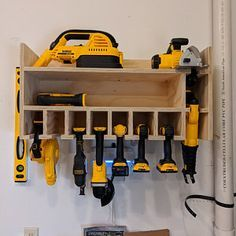organization tips workbenches Cordless Drill Organizer Garage Workshop Organization, Workshop Storage, Diy Organization, Workbench Organization, Workshop Ideas, Garage Storage Shelves, Diy Storage, Yard Tool Storage Ideas, Dewalt Storage