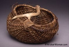 Smoked Reed-Grapevine Antler Basket (patterns and tips here