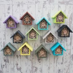 Handmade Single Tier Bee Hotel - These colourful bee houses are rather nice. Effective pictures we provide you about diy A high-q - Bug Hotel, Garden Crafts, Garden Projects, Carpenter Bee Trap, Bee Traps, Mason Bees, Bee House, Bird Boxes, Save The Bees