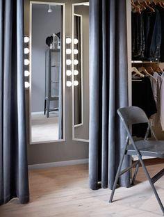 Cambiar una estancia con espejos y lámparas de techo MUSIK