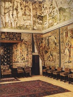 The Devoted Classicist: Hardwick Hall and the Cavendish Dynasty. The High Great Chamber was originally a dining room for Bess. The canopy and chairs were commissioned by her grandson, the second earl.
