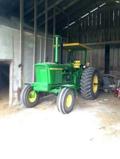 4320 JOHN DEERE John Deere 4320, Old John Deere Tractors, Crop Protection, John Deere Equipment, Mean Green, Farming, Industrial, Construction, Antique