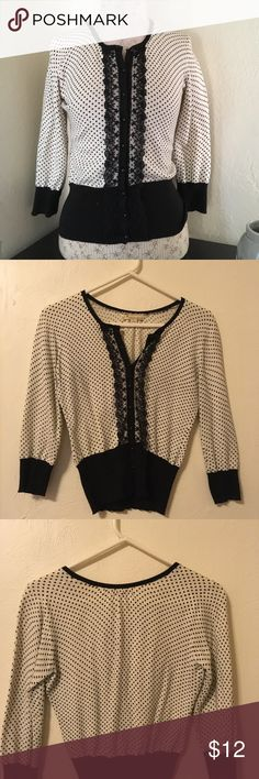 Forever 21 polka dot lace cardigan Adorable Forever 21 shrunken black and cream polka dot cardigan with lace detail. Great used condition. Size small. Forever 21 Sweaters Cardigans