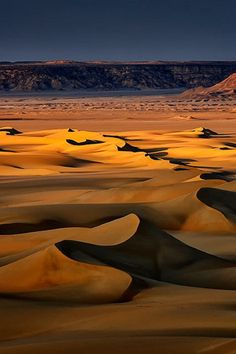White Desert, Egypt http://www.pinterest.com/allarquitectura/all-sacred/