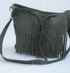Het kopen van kurktextiel,tassen armbanden en accessoires