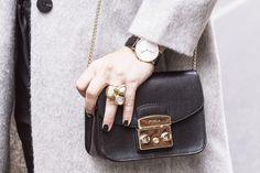 Daniel Wellington + Furla Metropolis Mini Bag Winter Style - Street Style