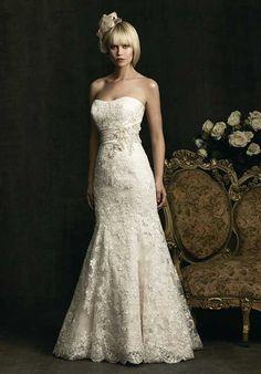 Allure Bridals 8917 Wedding Dress photo