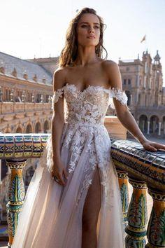 Cute Wedding Dress, Dream Wedding Dresses, Bridal Dresses, Off Shoulder Wedding Dress, Sweetheart Wedding Dress, Wedding Dress Colors, Couture Wedding Dresses, Different Color Wedding Dresses, Party Dresses