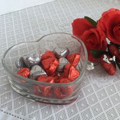 Valentine's Day is less than two weeks away! Find beautiful vintage gifts, buy today, ship today!