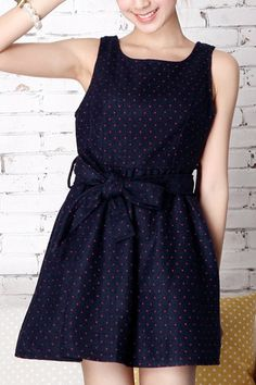 This dress crafted in polyester, featuring mini dots printing to the main, sweetheart cut-out to the reverse, high waist with belt loops, self-belted, in mini length cut.