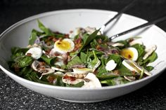 Spinach Salad with Warm Bacon Vinaigrette by smittenkitchen #Salad #Spinach #Bacon