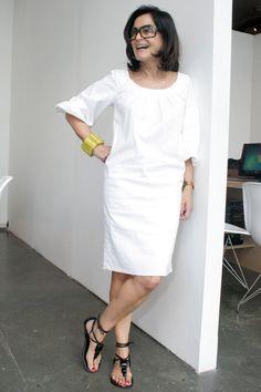 sandália rasteirinha + vestido alfaiataria