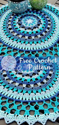 Crochet mandala rug yarns 61 Ideas for 2019 Crochet Mat, Crochet Mandala Pattern, Granny Square Crochet Pattern, Crochet Crafts, Crochet Doilies, Crochet Stitches, Free Crochet, Crochet Patterns, Scarf Patterns