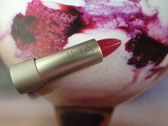 green beauty lipstick - ilia pink moon