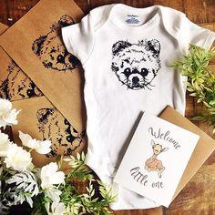 Isn't he adorable!?!! Had fun with this order! 😍 #depapelstudio #babypetonesie…