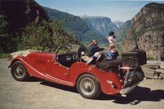 Morgan 4, Morgan Cars, Vintage Cars, Antique Cars, Porsche, Classic Cars, Vehicles, Image, Style