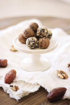 Chocolate Date Truffles :: Holiday Recipe
